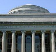 九所大学正在联手将学位证书放在区