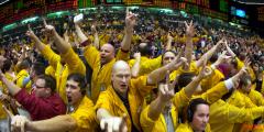 比特币月底涨破5万美元?!投资人持续加码看多部位