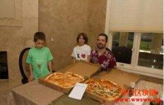 第一笔比特币交易:价值9100万美元的两片披萨